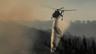 Φωτιά στην Αχαΐα: Δορυφορικές εικόνες από το πύρινο μέτωπο