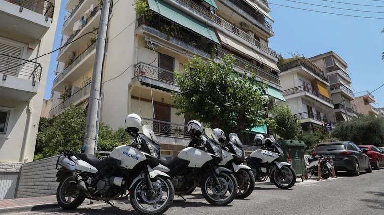 Έγκλημα στη Δάφνη: Παρέμβαση της Εισαγγελίας για τους δύο αστυνομικούς - Ελέγχονται και ποινικά