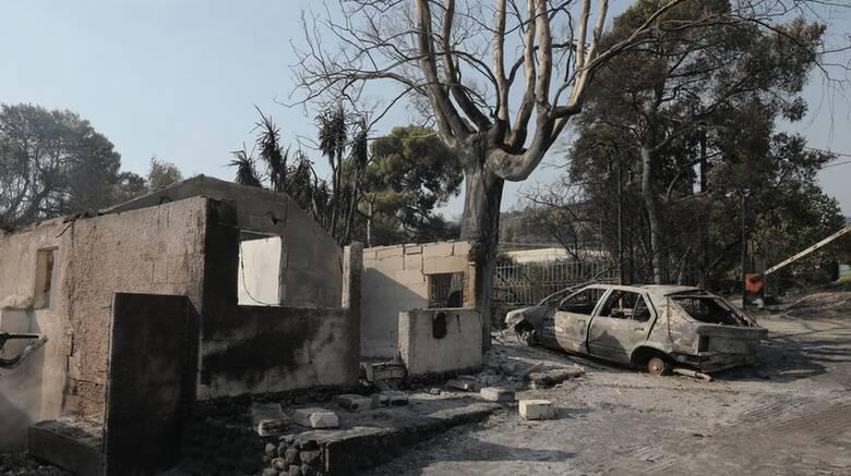 Φωτιά Αχαΐα: Μάχη για να ανακοπεί το πύρινο μέτωπο - «Στάχτη» σπίτια και αυτοκίνητα