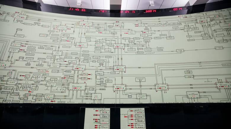 Καύσωνας: Έκτακτη σύσκεψη για την επάρκεια του ηλεκτρικού ρεύματος - Δύσκολη η αυριανή μέρα