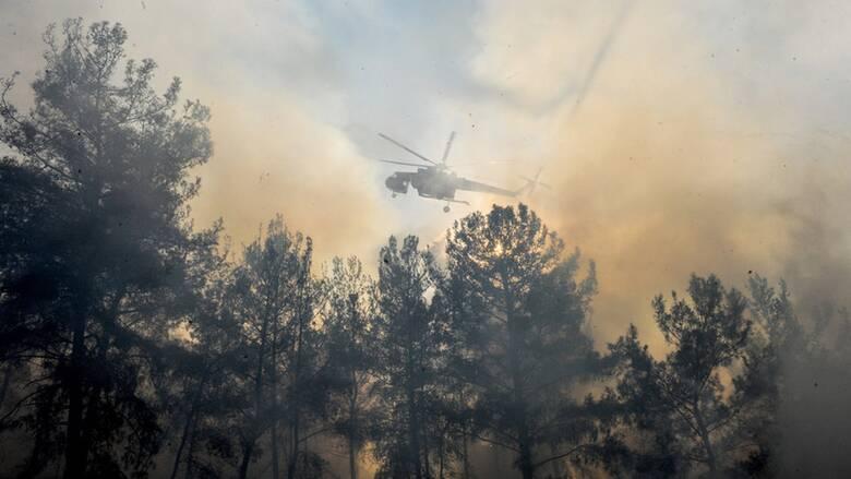 Φωτιά Ρόδος: Σε ύφεση η μεγάλη πυρκαγιά στο νησί