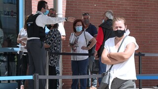 Βατόπουλος: Υπαρκτό σενάριο να μας εγκαταλείψει ο ιός το επόμενο καλοκαίρι