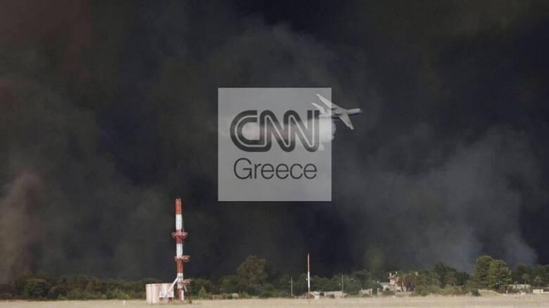 Πυρκαγιά στη Βαρυμπόμπη: Έκλεισε η εθνική Αθηνών - Λαμίας - Εκκενώνονται οικισμοί