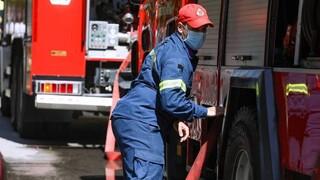 Επικίνδυνη φωτιά στη Λίμνη Ευβοίας: Εκκενώνονται οικισμοί