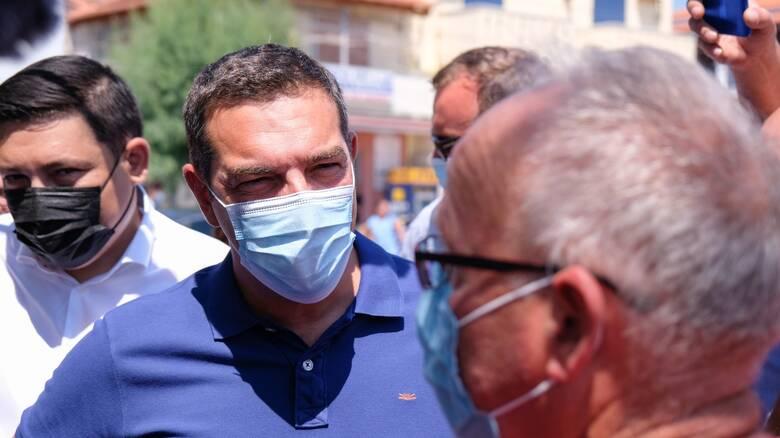 Πυρκαγιά Βαρυμπόμπη - Αλέξης Τσίπρας: Πάνω απ' όλα η προστασία της ανθρώπινης ζωής