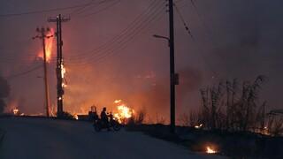 Σε λειτουργία τα κυκλώματα του ΑΔΜΗΕ που τέθηκαν εκτός λόγω πυρκαγιάς στην Βαρυμπόμπη