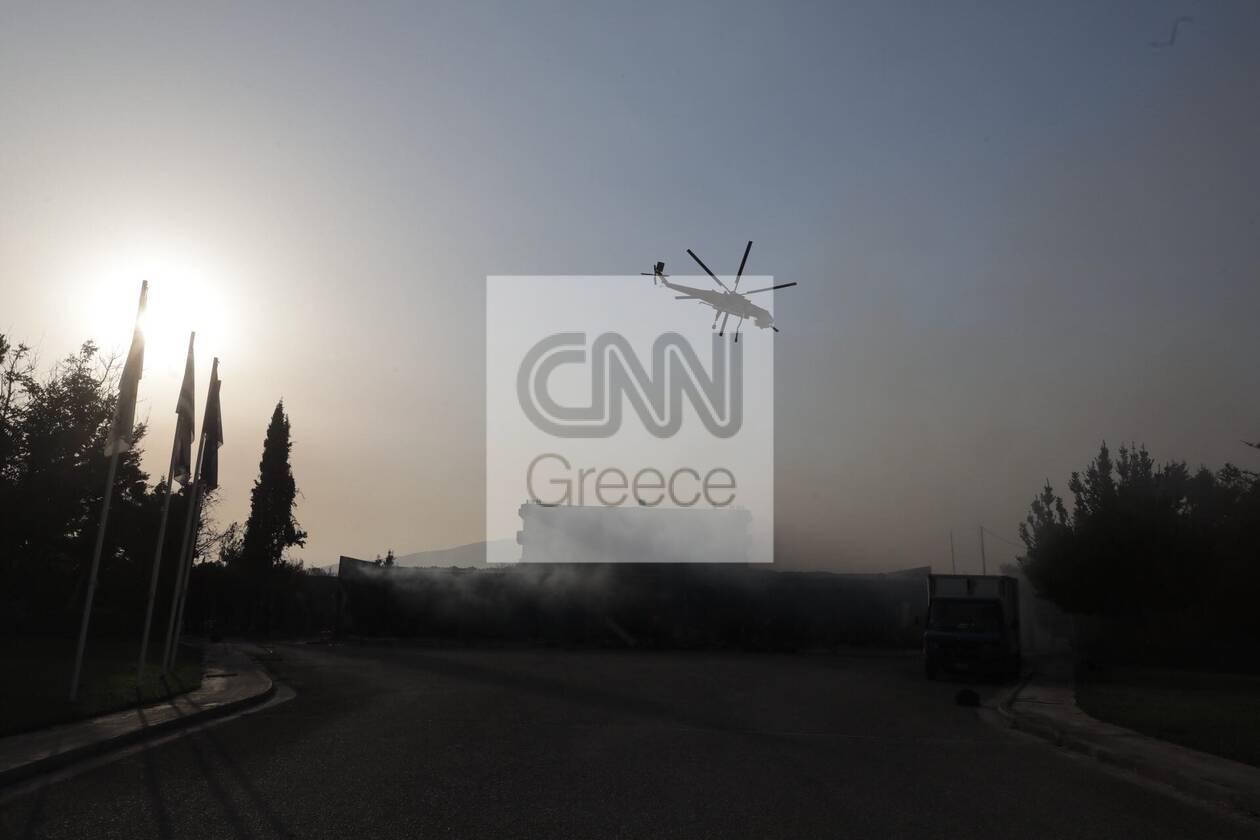 https://cdn.cnngreece.gr/media/news/2021/08/04/276710/photos/snapshot/fotia-attiki-10-49.jpg
