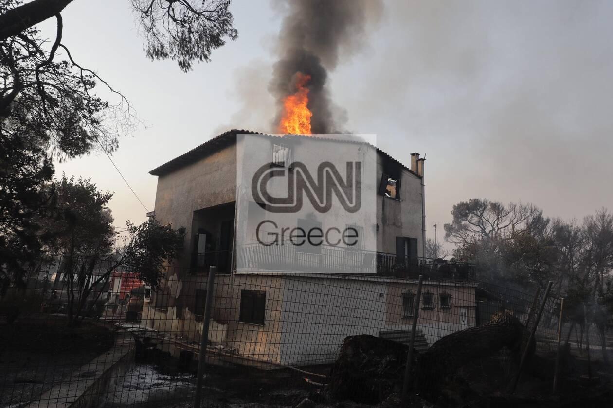 https://cdn.cnngreece.gr/media/news/2021/08/04/276710/photos/snapshot/fotia-attiki-12.jpg