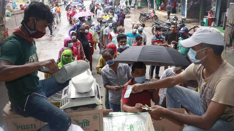 Κορωνοϊός - Ινδία: 562 θάνατοι και πάνω από 42.000 κρούσματα σε ένα 24ωρο