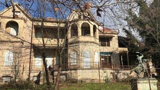 Φωτιά Βαρυμπόμπη: Ασφαλές το πρώην βασιλικό κτήμα στο Τατόι - Απομακρύνθηκαν πολύτιμα αντικείμενα