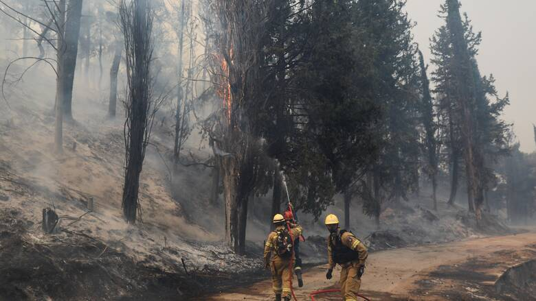 Φωτιά Βαρυμπόμπη - ΑΔΜΗΕ: Εκτός λειτουργίας δύο κρίσιμα κυκλώματα - Πιθανές διακοπές ρεύματος