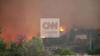 Φωτιά Βαρυμπόμπη: Αγωνία για Αφίδνες, Κρυονέρι, Ιπποκράτειο Πολιτεία- Καίγονται σπίτια στη Δροσοπηγή