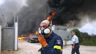Nύχτα-κόλαση την Αττική: Ανεξέλεγκτη μαίνεται η πυρκαγιά - Συνεχείς εκκενώσεις οικισμών