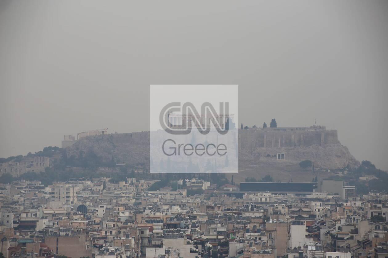 https://cdn.cnngreece.gr/media/news/2021/08/06/276988/photos/snapshot/kapnos-attiki-3.jpg