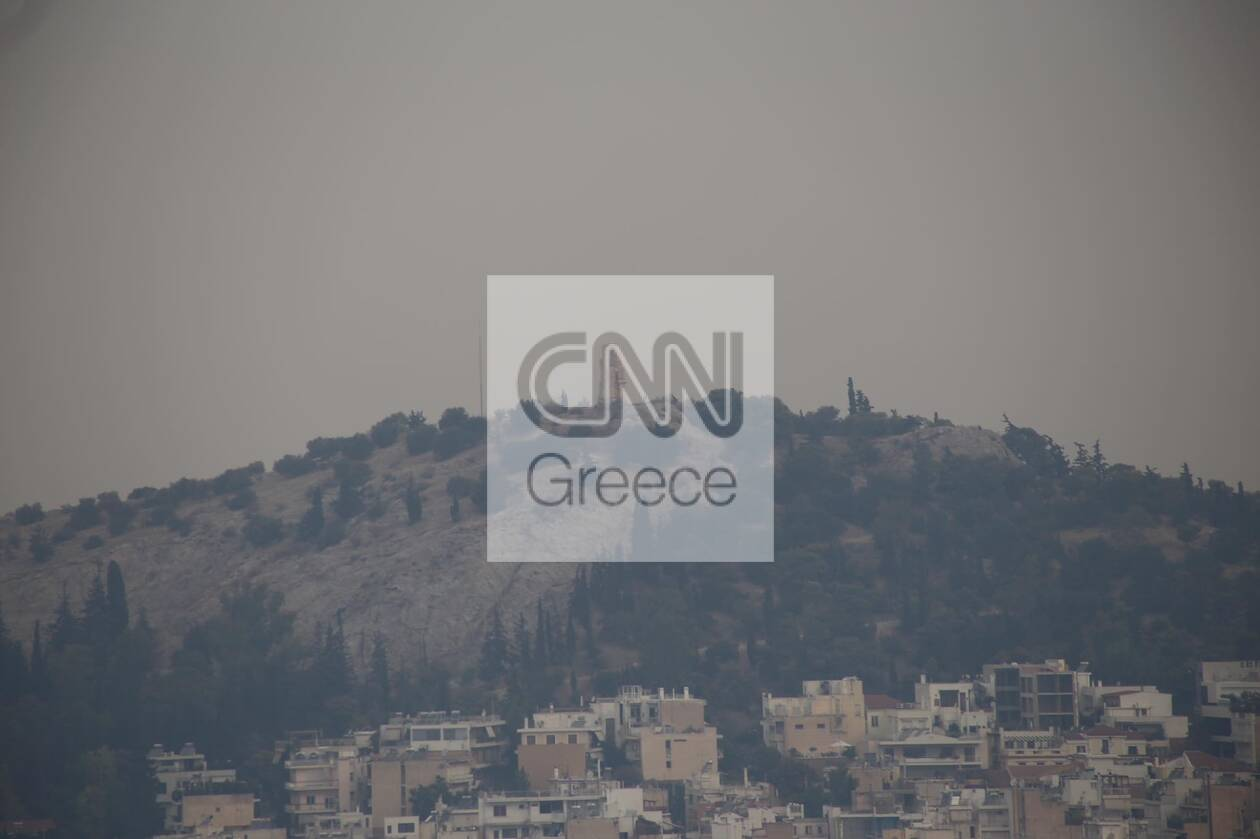 https://cdn.cnngreece.gr/media/news/2021/08/06/276988/photos/snapshot/kapnos-attiki-4.jpg