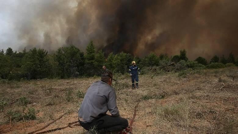 Φωτιές Εύβοια: Εκκενώνεται το Κέντρο Υγείας στο Μαντούδι