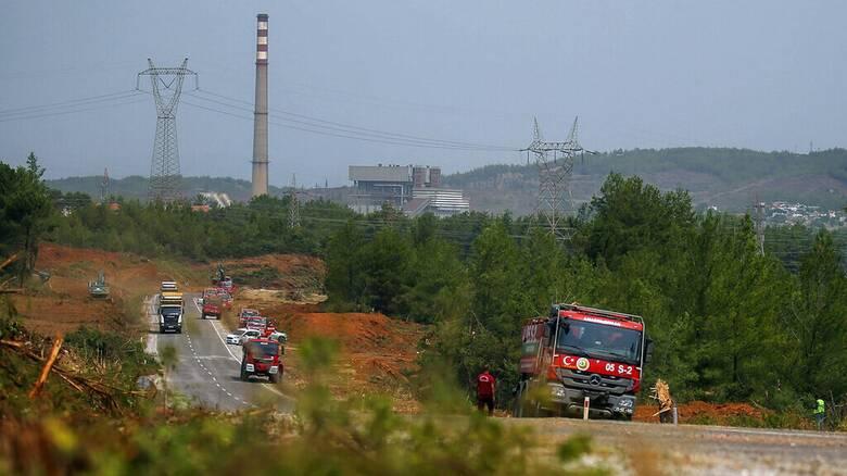 Τουρκία: Δέκα ημέρες μάχης με τα πύρινα μέτωπα - Φλόγες πλησίασαν ατμοηλεκτρικό σταθμό