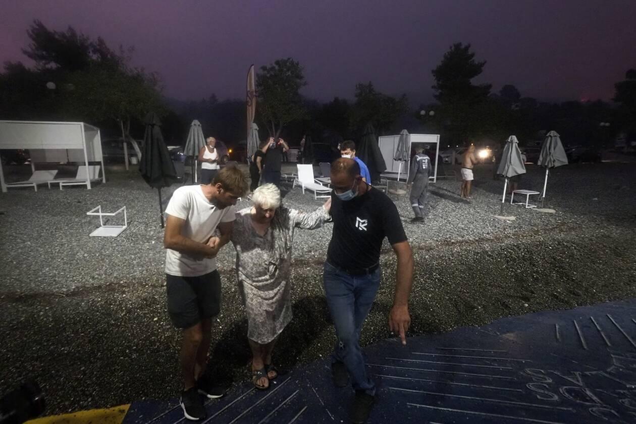 https://cdn.cnngreece.gr/media/news/2021/08/06/277073/photos/snapshot/evia-limni-5.jpg