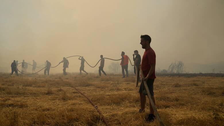 Φωτιές: Το καλεντάρι της κρίσης, το κυβερνητικό σχέδιο και οι αντιπολιτευτικές βολές