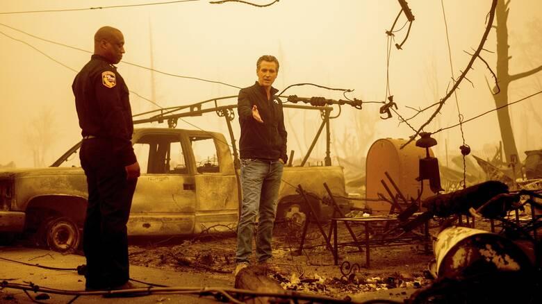 Καλιφόρνια: 8 αγνοούμενοι μετά το πέρασμα της καταστροφικής πυρκαγιάς Ντίξι