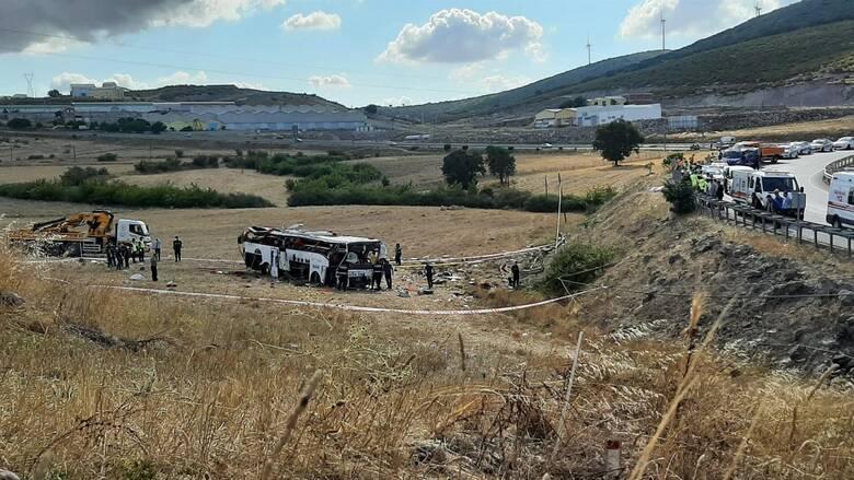Πολύνεκρο τροχαίο στην Τουρκία: 14 νεκροί μετά από ανατροπή λεωφορείου