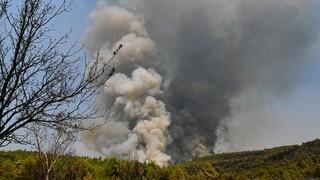 Hλεία-Πυρκαγιές: Συνεχίζονται οι μάχες με τις αναζωπυρώσεις