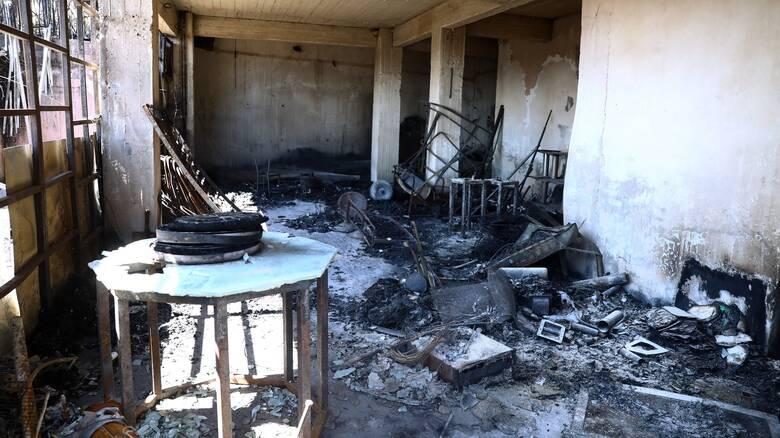 Φωτιές Αττική: Γιατροί και ψυχολόγοι κοντά στους πληγέντες μέσω Περιφέρειας και ΙΣΑ