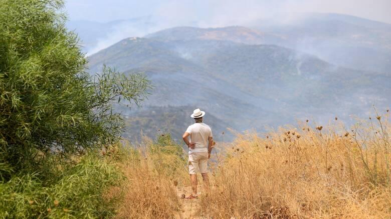 Βολές ΣΥΡΙΖΑ κατά Χρυσοχοΐδη για τη διαθεσιμότητα του ταξίαρχου που ζητούσε μέσο για πυροσβεστικό