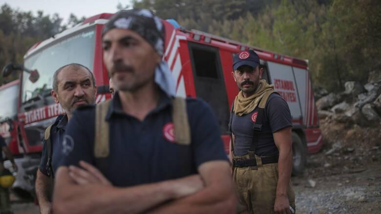 DW: Στόχος ο Ερντογάν για τις πυρκαγιές - Πού ρίχνει ο ίδιος τις ευθύνες