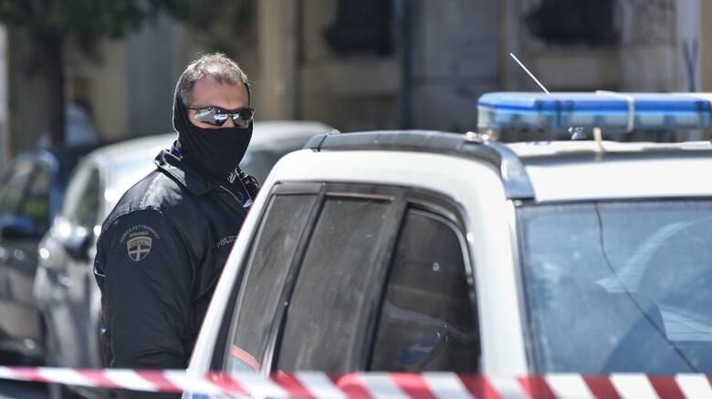 Συνελήφθη μέλος της τρομοκρατικής οργάνωσης «Επαναστατική Αυτοάμυνα» -  CNN.gr