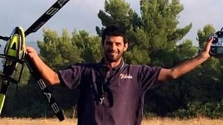 Φωτιές Αττική: Σήμερα η κηδεία του εθελοντή πυροσβέστη Βασίλη Φιλώρα - Το «αντίο» των φίλων του