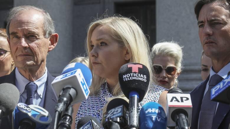 Υπόθεση Επστάιν: Αγωγή κατά του πρίγκιπα Άντριου κατέθεσε η Αμερικανίδα που τον κατηγορεί