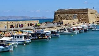 Τζανάκης για Κρήτη: Οι ιερείς δημιουργούν συνθήκες υπερμετάδοσης κορωνοϊού
