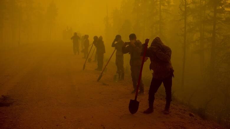Η Σιβηρία στις φλόγες: Επίσημη αργία η αυριανή μέρα σε πολλές περιοχές λόγω καπνού