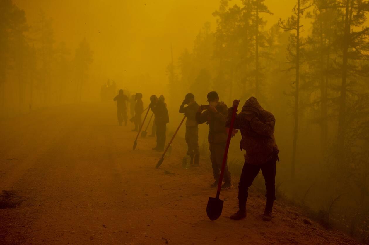https://cdn.cnngreece.gr/media/news/2021/08/12/277693/photos/snapshot/fotia-siberia-3.jpg