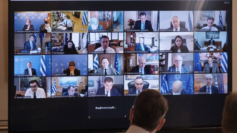 Αλλαγές αρμοδιοτήτων στην κυβέρνηση: Οι αντιδράσεις της αντιπολίτευσης
