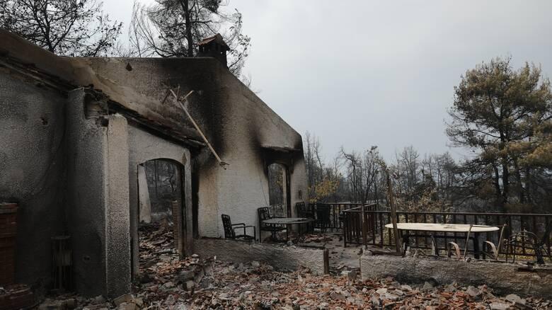 Πέτσας: Fast track οι αποζημιώσεις στους πυροποθείς – Στεγαστική συνδρομή έως 150 χιλιάδες ευρώ