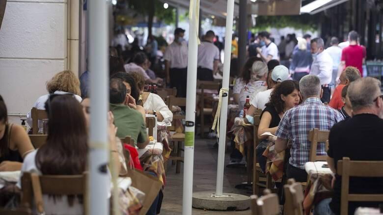 Κορωνοϊός: «Βροχή» τα πρόστιμα για παραβίαση των μέτρων - «Λουκέτο» σε εννέα επιχειρήσεις