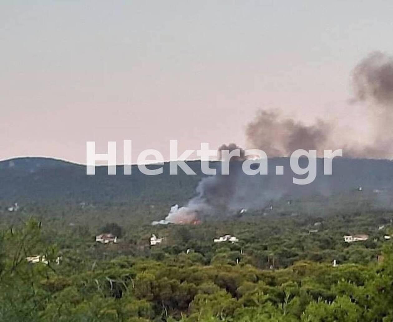 https://cdn.cnngreece.gr/media/news/2021/08/14/277900/photos/snapshot/fotia-loutraki.jpg