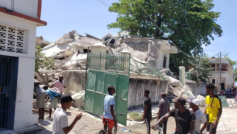 Ισχυρός σεισμός στην Αϊτή: Εκατοντάδες νεκροί - Έρχεται βοήθεια από τις ΗΠΑ