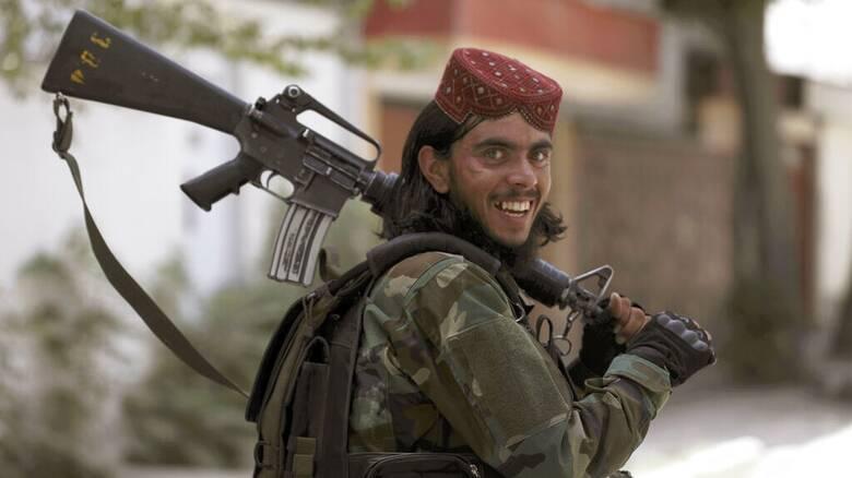 Αφγανιστάν: Οι Ταλιμπάν «κληρονόμησαν» και όλο το αμερικανικό οπλοστάσιο