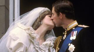 The Crown: Ο Κάρολος και η Νταϊάνα της 5ης σεζόν (pics)
