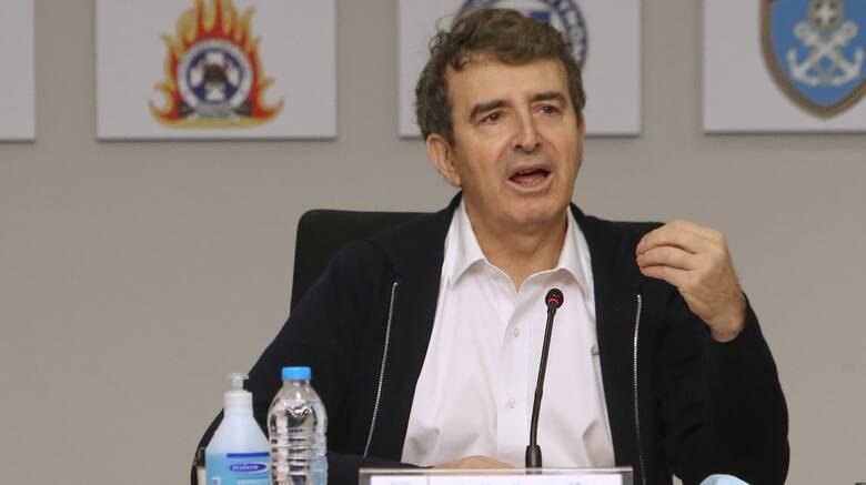 Χρυσοχοΐδης: Περιπολίες στρατού και αστυνομίας σε 24ωρη βάση σε περιοχές επίφοβες για φωτιές