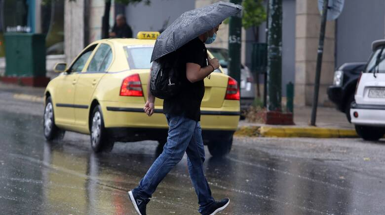 Καιρός: Ραγδαία αλλαγή σκηνικού - Πού αναμένονται βροχές και χαλαζοπτώσεις