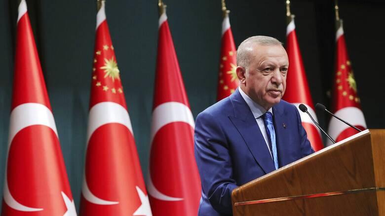 Ερντογάν προς Πούτιν: Να μην τεθούν «σκληροί όροι» στους Ταλιμπάν