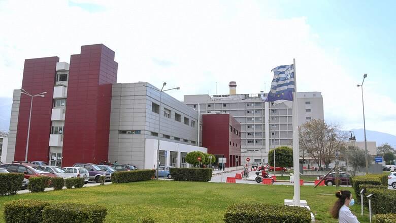 Κορωνοϊός: Ανεμβολίαστο το 87% των ασθενών που νοσηλεύονται στο νοσοκομείο Πατρών