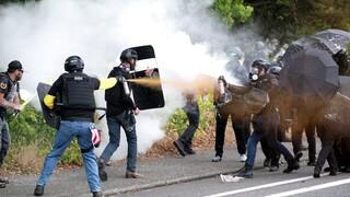 ΗΠΑ: Συγκρούσεις ακροδεξιών με ακροαριστερούς διαδηλωτές στο Πόρτλαντ
