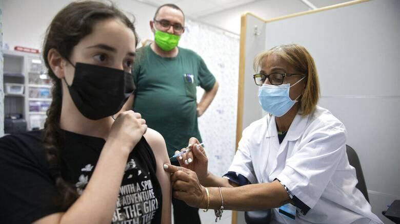 Κορωνοϊός - Ισραήλ: Κέντρα εμβολιασμού στα σχολεία εν μέσω αναζωπύρωσης της πανδημίας