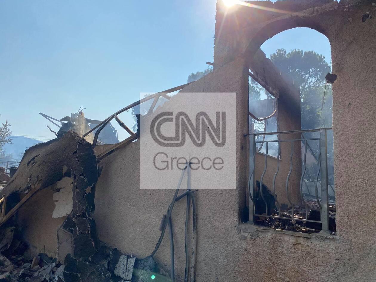 https://cdn.cnngreece.gr/media/news/2021/08/23/278855/photos/snapshot/fotia-vilia-spitia-4.jpg