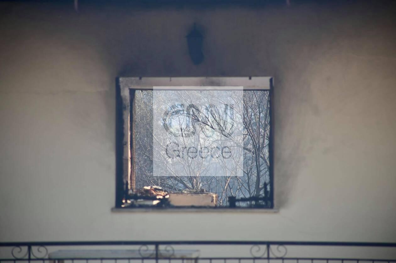 https://cdn.cnngreece.gr/media/news/2021/08/23/278869/photos/snapshot/fotia-vilia-spitia-7.jpg